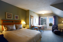 204 Brethour Island Room