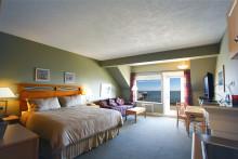 208 Pender Island Room