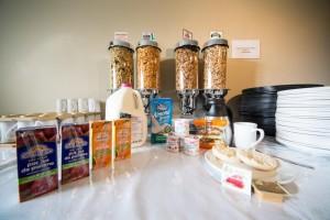 Sidney Waterfront Inn breakfast